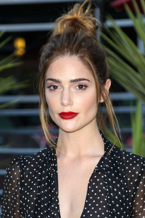 hbz-top-knots-janet-montgomery-getty_1