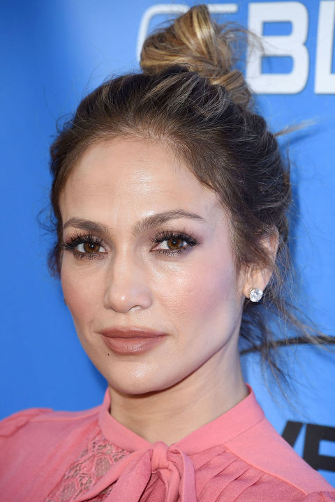 hbz-top-knots-jennifer-lopez-getty_1