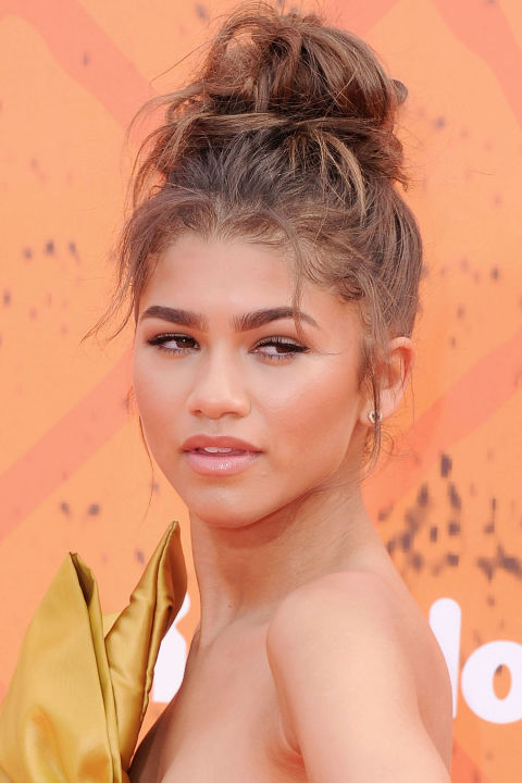hbz-top-knots-zendaya-getty_1