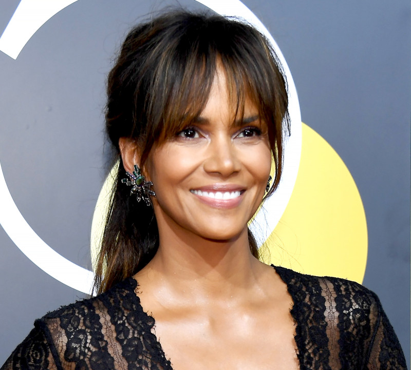 halle-berry-golden-globes-2018