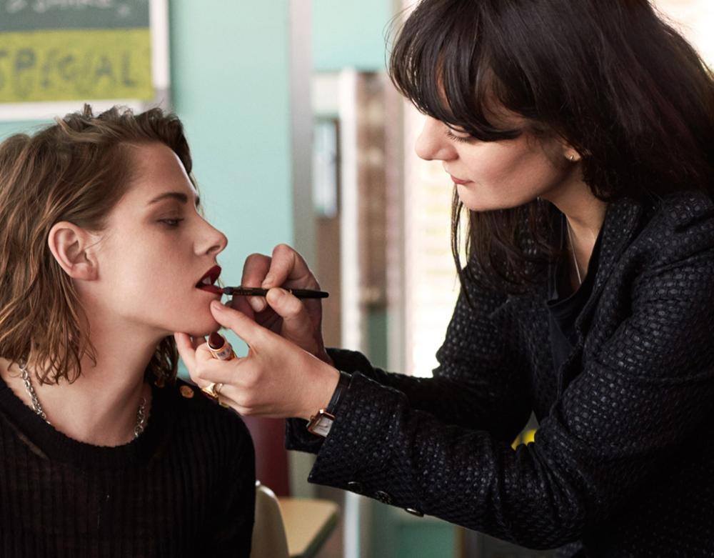 Qui-est-Lucia-Pica-a-la-tete-du-maquillage-Chanel