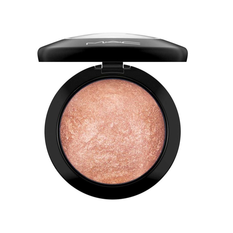 M.A.C. Mineralize Skinfinish - Cheeky Bronze
