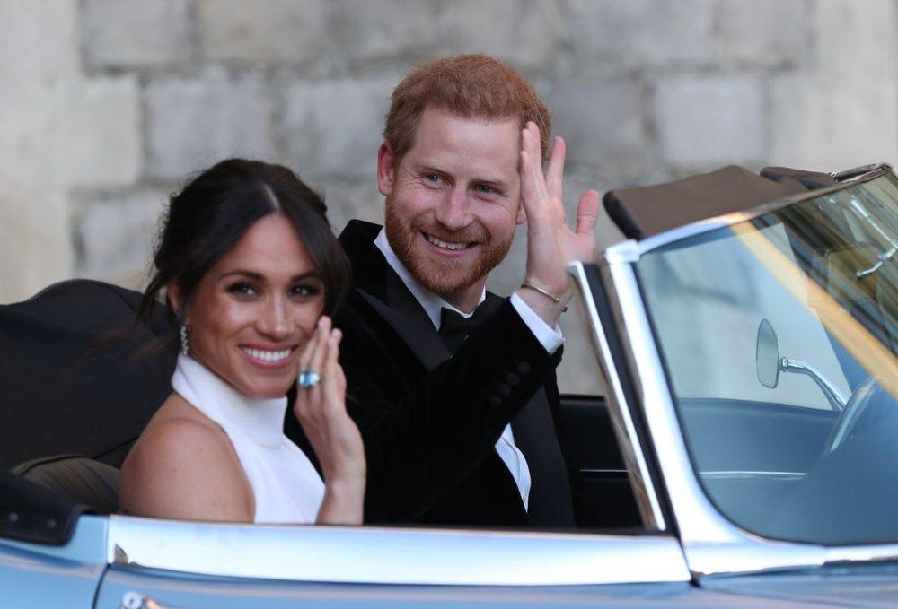 Meghan-Markle-Blue-Ring-Her-Wedding-2018.jpg